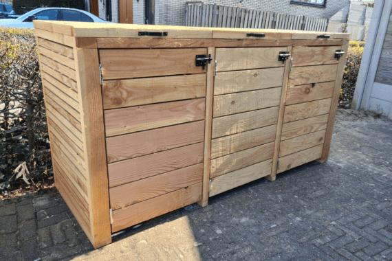 Container ombouw zelf gebouwd voor drie containers