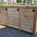 Container ombouw van douglas hout voor 3 containers